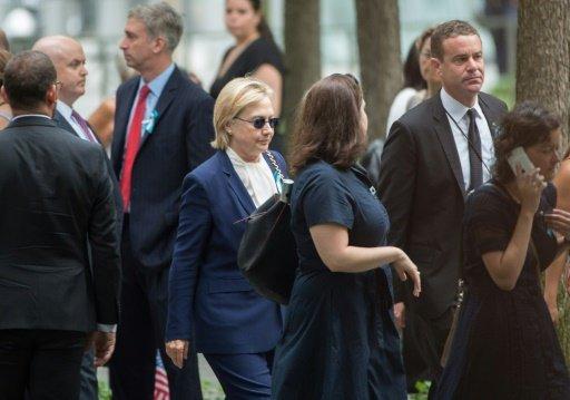 """Hillary Clinton a une pneumonie, était déshydratée mais """"récupère"""" (médecin)"""