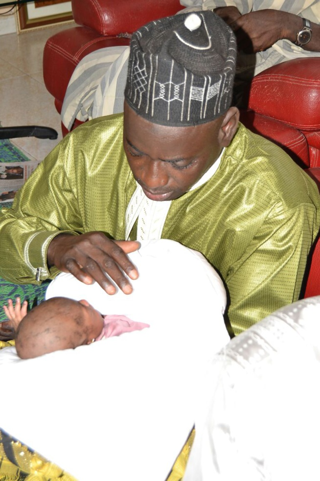 Nene Gadio,la bienfaitrice des soirées de Pape Diouf baptise sa fille. REGARDEZ
