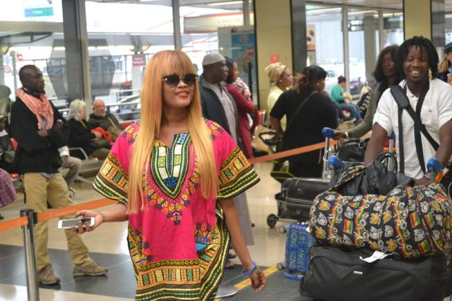 Les premières images de l'arrivé de Titi , Salam Diallo, Dess Major et les musiciens à l'aéroport d'Orly.