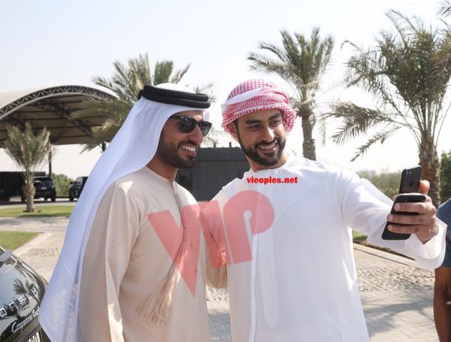 Dubai, l'international ballon d'or ElHadj Diouf en comagnie de Anelka, Akon et Edgar Dewis chez les Princes.