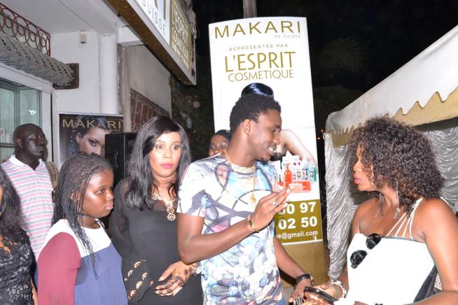 La marque MAKARI SUISSE arrive à Dakar, représentée par Esprit Cosmétique sise à Sacré Coeur à 300 m de la boulangerie Jaune. Pape Diouf et Waly Seck à l'inauguration.