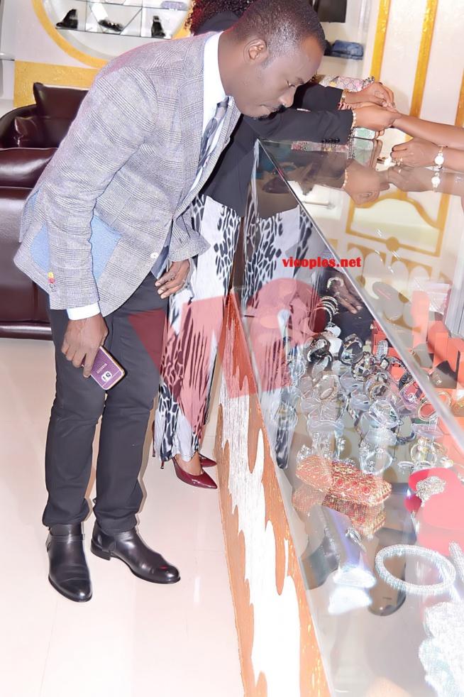 Boubacar Diallo, Dj Boubs le plus élégant et intellectuelle des animateurs présentateurs du Sénégal.