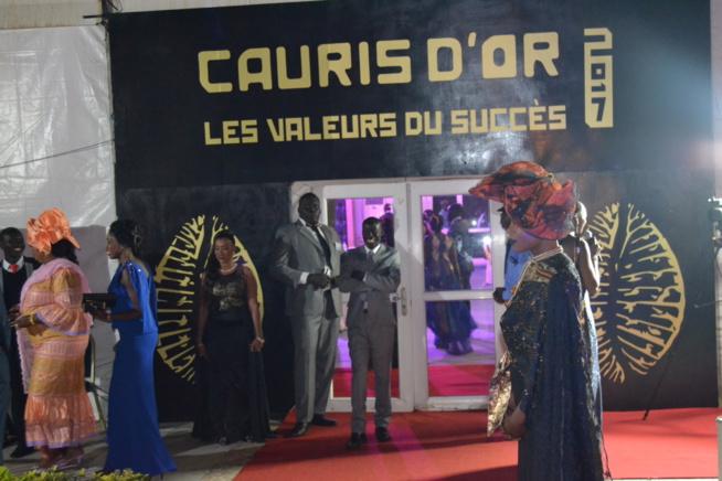 CAURIS D'OR EDITION 2017: Les premières images des invités au chapiteau du King FHAD PLACE.