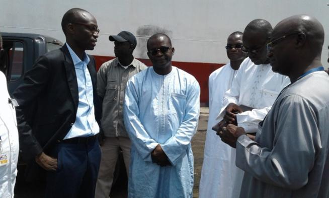 Réception 30.000 tonnes d'oignons par Aliou Sarr,ministre du Commerce