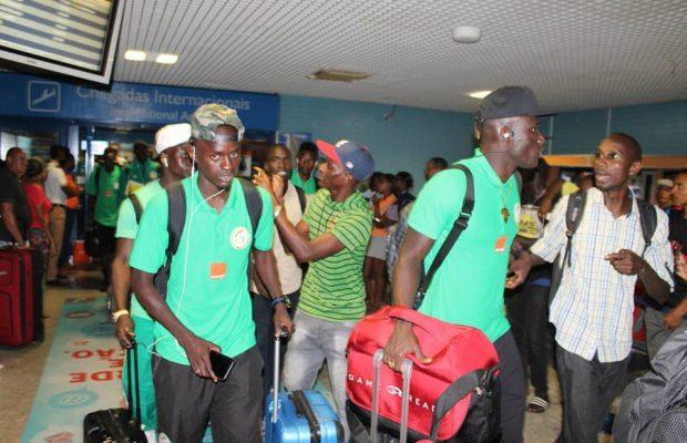 Suivez l'arrivée des joueurs de l'équipe nationale à Dakar