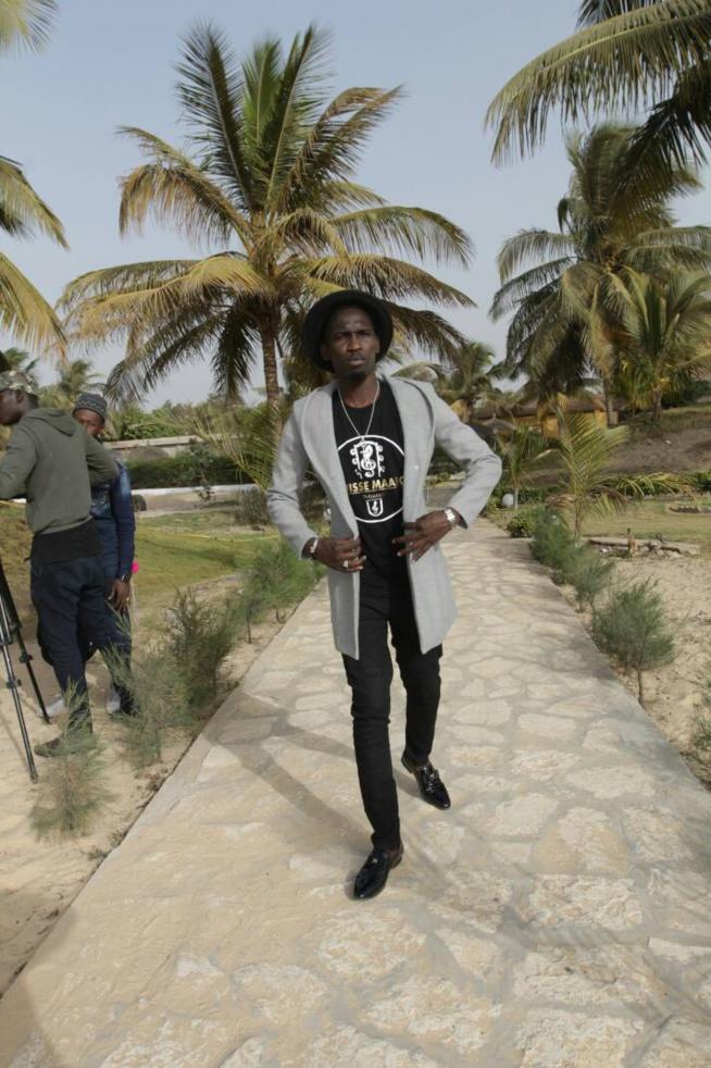 Les premières images du tournage de la vidéo de DEMBA GUISSÉ.