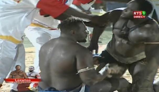Video: Forza Bat Abdou Diouf, Regardez le combat…