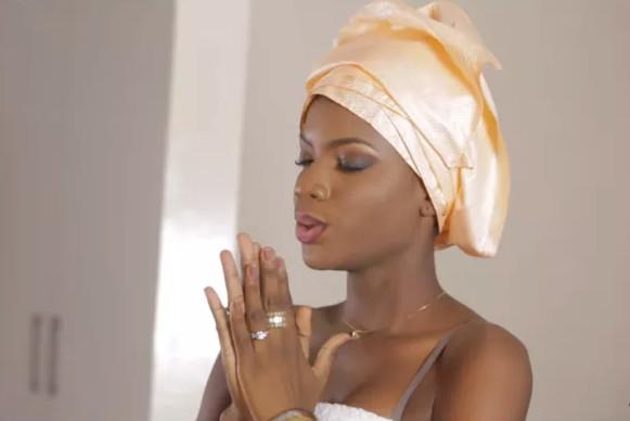 La face cachée de Sandra Diop l'actrice principale de la série « Nafi »