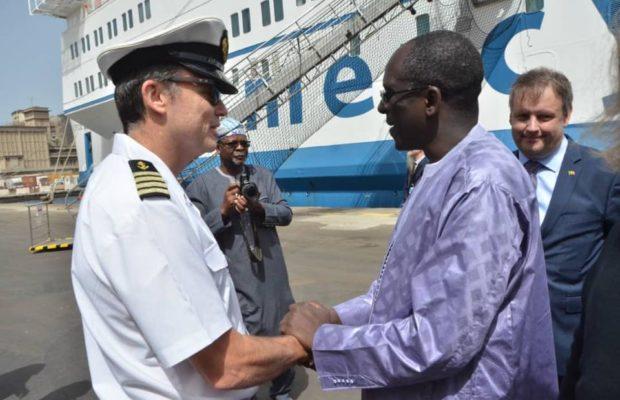 «Mercy Ships», le plus grand bateau-hôpital du monde est enfin arrivé à Dakar pour …