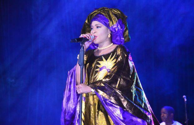 Anniversaire au Grand Théâtre: Découvrez la Première Sagnsée d'Aïda Samb en Thioup, c'est élégant ! TAKK BA YAKOU
