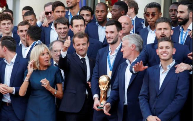 Emmanuel Macron Complice Avec La Présidente Croate Sa