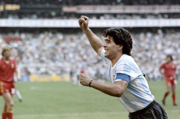 Ballon d'Or : pourquoi Maradona et Pelé ne l'ont jamais reçu