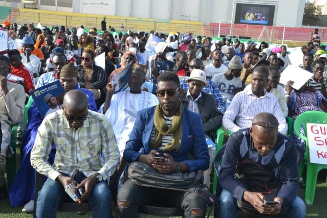 """En direct du stade Amadou Barry Investiture du candidat de """"GUEUM SA BOOP"""" Bougane Gueye au présidentielle de 2019."""