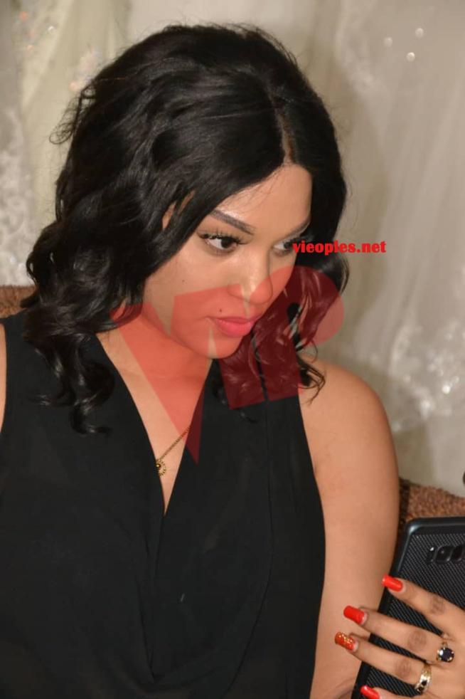 """L'actrice de la série """"MBETEL"""", Léna Gueye chez Adja Ombélico pour les préparatifs de la nuit de la MODE&MUSIK CE SAMEDI AU RADISSON"""