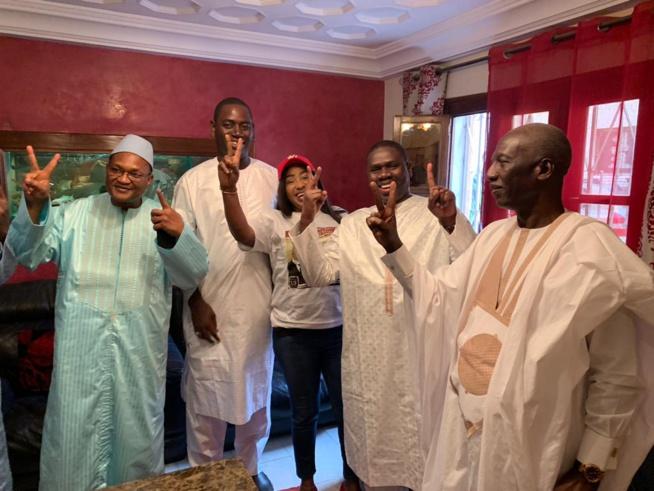 Madame Mari Lo du Mouvement Dakar avec Macky entourée du DC de Macky Sall Omar Youm et duministre Cheikh Mbacké Sakho.