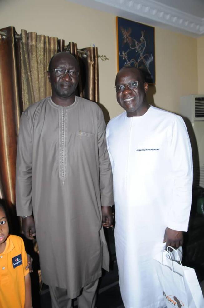 Anniversaire privé: Le président du MEDS Mbagnick Diop souffle une bougie de plus.