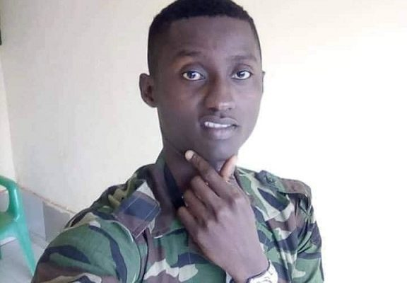 Côte d'Ivoire: la mort d'un gendarme par suicide crée une vive polémique