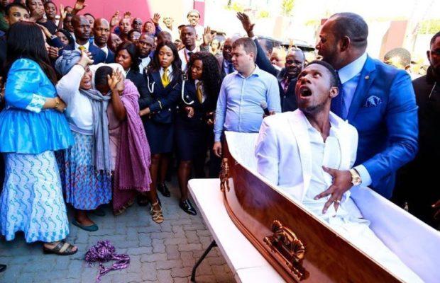 (05 Photos) Afrique du Sud : L'homme «ressuscité» est finalement mort pour de vrai, dans des conditions mystérieuses