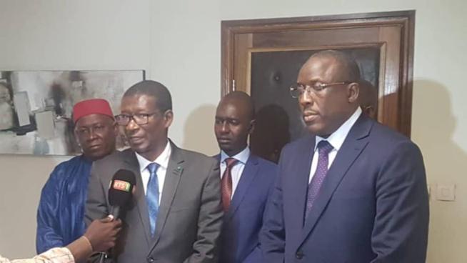 Mary Teuw Niane : « Je souhaite au Dr Cheikh Oumar Hanne, succès et réussite dans sa nouvelle fonction »
