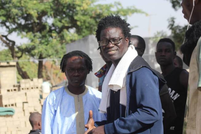 Papis Niang Clip: Cinéma sénégalais : Parrainé à Baba Maal, Full art académie à la recherche de 200 millions FCfa pour…