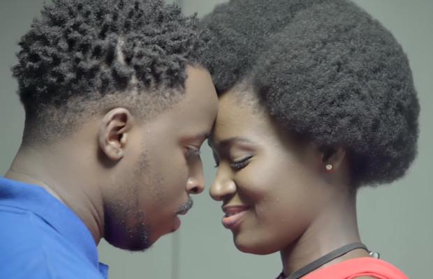Cette campagne pour les préservatifs avec ( Djalika de la célèbre série Maîtresse d'un homme marié) choque les internautes