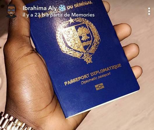 Traque de passeports diplomatiques : 100 personnes visées, des marabouts, un magistrat et des enfants de ministres recherchés