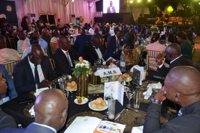 King Fahd Palace: Vivez en direct la soirée de remise des Cauris d'Or 2019: « L'incontournable »