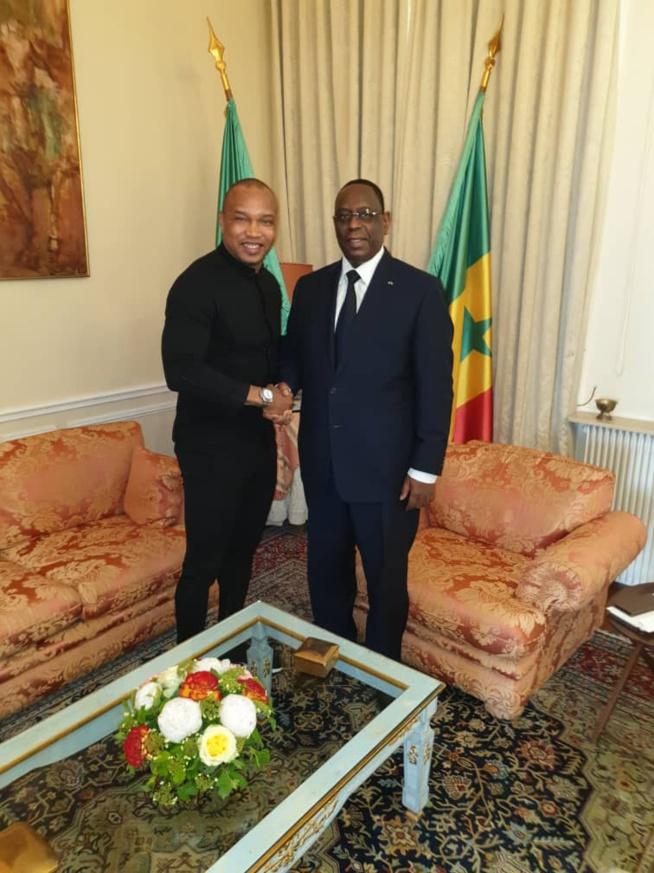 Paris : un doublé de Présidents pour un double ballon d'or !  Après Abdou Diouf, Macky Sall.