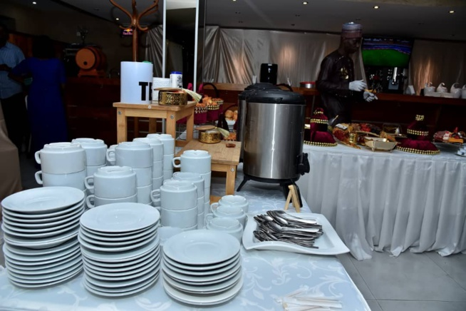Le K LOUNGE à l'étage de chez Katia vous propose un Ndogou Buffet avec les Oustazs les vendredi, samedi et dimanche aux Almadies.