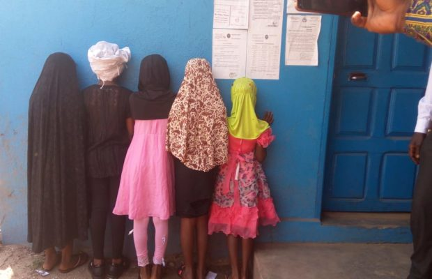 Un enseignant de 46 ans viole 6 fillettes de sa classe