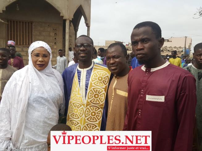 """Le """"ZIAR"""" du député Mame Diarra Fam chez Pape Diouf à Guinaw Rail;"""