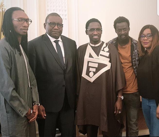 En tournée Européenne, Demba Guissé chez SEM Bassirou Sene ambassadeur du Sénégal à Paris.