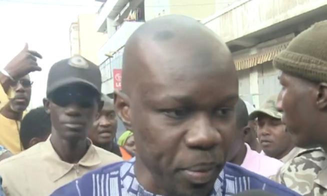 URGENT - Ousmane Sonko débarque à la Place de l'Obélisque
