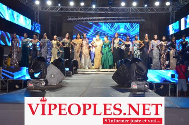 Katy Ly remporte la couronne Miss Labado 2019 devant les 19 participantes au stade Marius Ndiaye avec Waly Seck