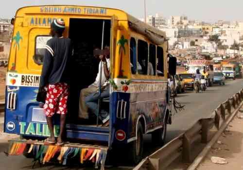 Les apprentis-chauffeurs découvrent 10 kg de yamba à bord et se disputent autour de 2,5kg que le propriétaire