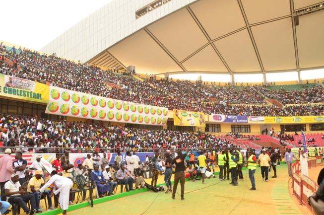 COMBAT LAC DE GUIER 2 VS BOY NIANG: Revivez en images le grand public au Stade.