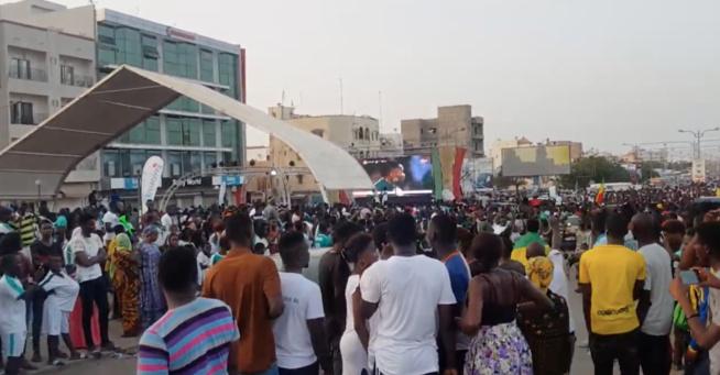 La joie et le bonheur à Dakar aprés la victoire des lions face à la Tunusie avant la finale face à l'Algerie.