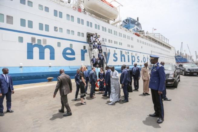 Mission humanitaire: le bateau-hôpital Africa Mercy est arrivé au Port de Dakar