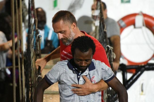 Les passagers de l'«Open Arms» ont enfin débarqué à Lampedusa