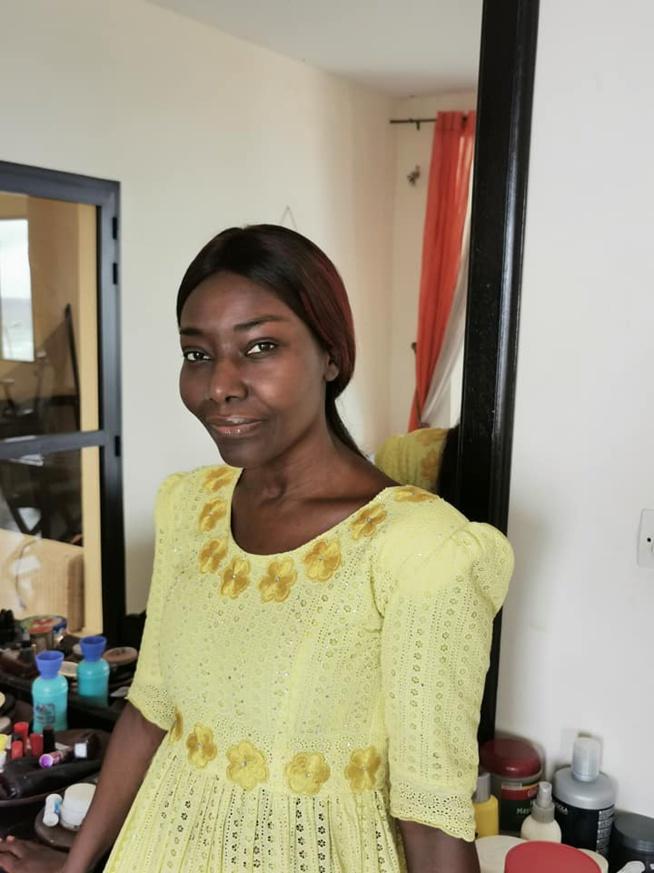 Coumba Gawlo Seck , pose sans maquillage et enflamme le web
