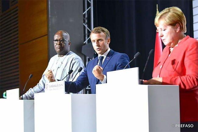 Sommet du G7 : Macron et Merkel veulent renforcer la lutte antidjihadiste au Sahel
