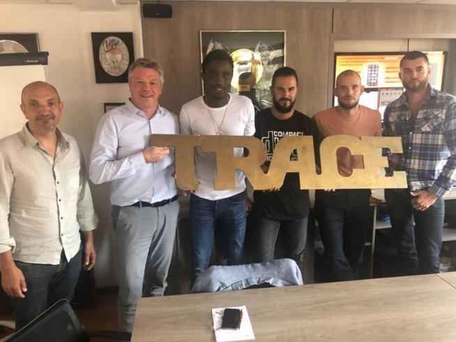 Waly Seck en compagnie du PDG de TRACE TV à Paris.