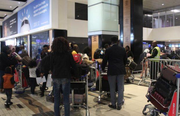 Violences xénophobes en Afrique du Sud: la colère des Nigérians sur le départ, Un avion affrété par un riche homme d'affaires nigérian