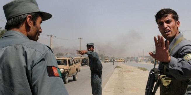 Afghanistan: 62 morts dans l'attaque d'une mosquée pendant la prière du vendredi.