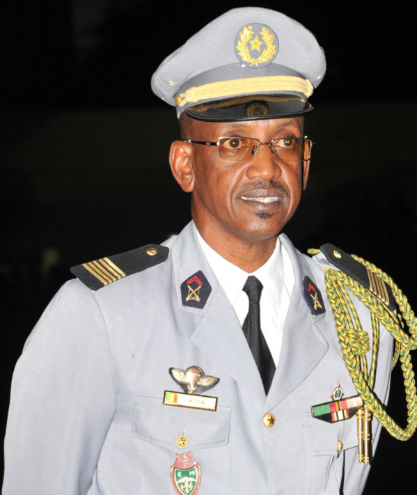 Sécurité aéroportuaire: l'ancien Cemga, Mamadou Sow, atterrit à l'Aibd