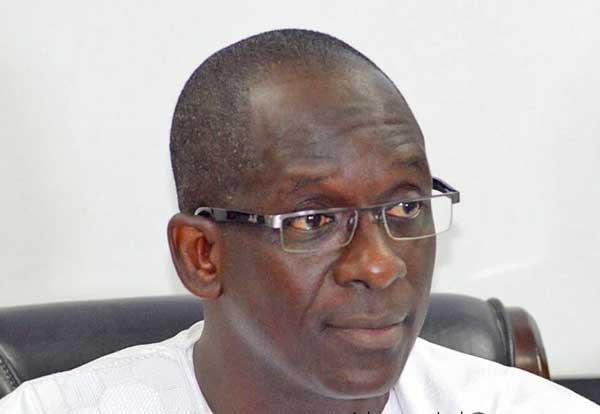 ''Les contractuels des hôpitaux virés au 29 octobre'' : le ministre de la Santé dément et précise