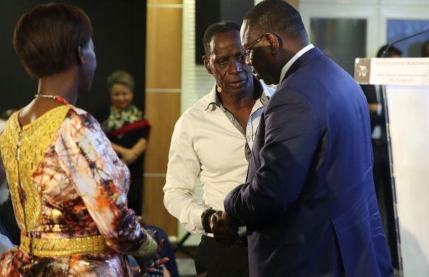 Arrêt sur image : Le Président Macky Sall avec le célèbre acteur Bakaba