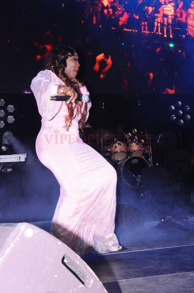 PHOTOS: 195 Images de la belle réussite du concert de Waly Seck au Domes de Paris.