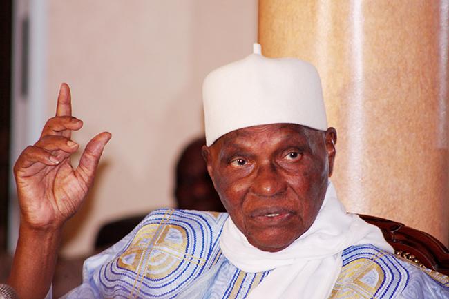 FNCL : Wade vire Cheikh Tidiane Seck et Abdou Aziz Diop