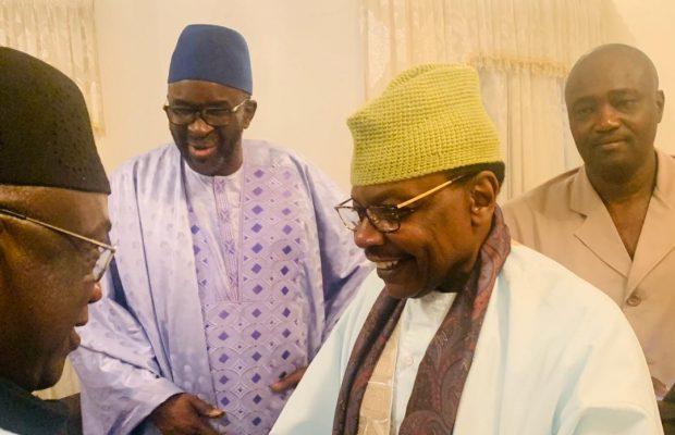 Gamou : Cissé Lo rend visite à la famille de Seydi El Hadji Malick Sy…